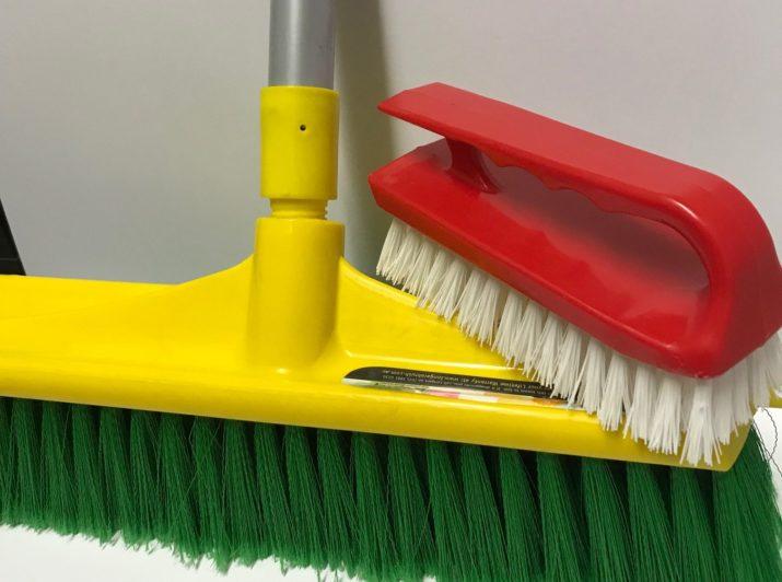 Broom Mop 350mm with handle and handi scrub